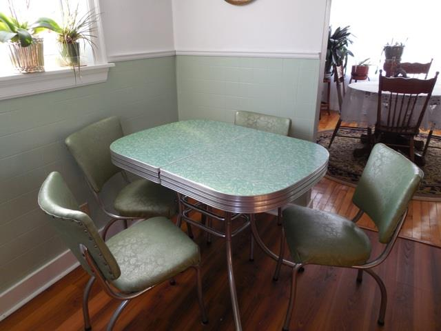 1950u0027s Retro Kitchen Table And Chairs
